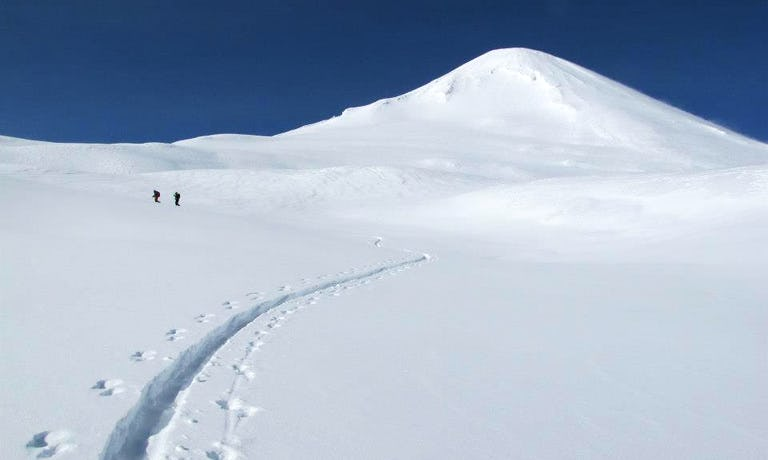 Ski 7 Chilean Volcanoes