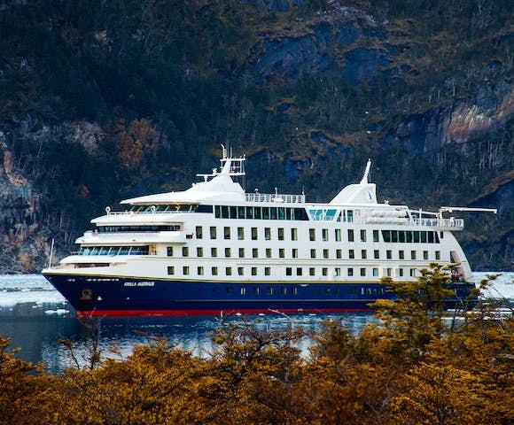Stella Australis, Patagonian cruising vessel