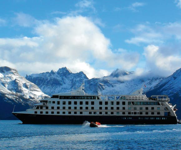 Adventure cruises in Tierra del Fuego