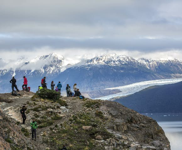Torres Del Paine Mountain Viewpoint Group Hiking