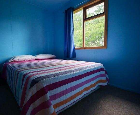 Refugio Darwin Cabin double room