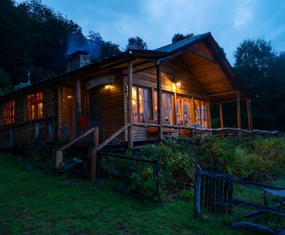 Mallin Colorado Lodge, Lago General Carrera, Patagonia, Chile