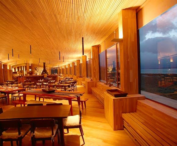 Tierra dining room
